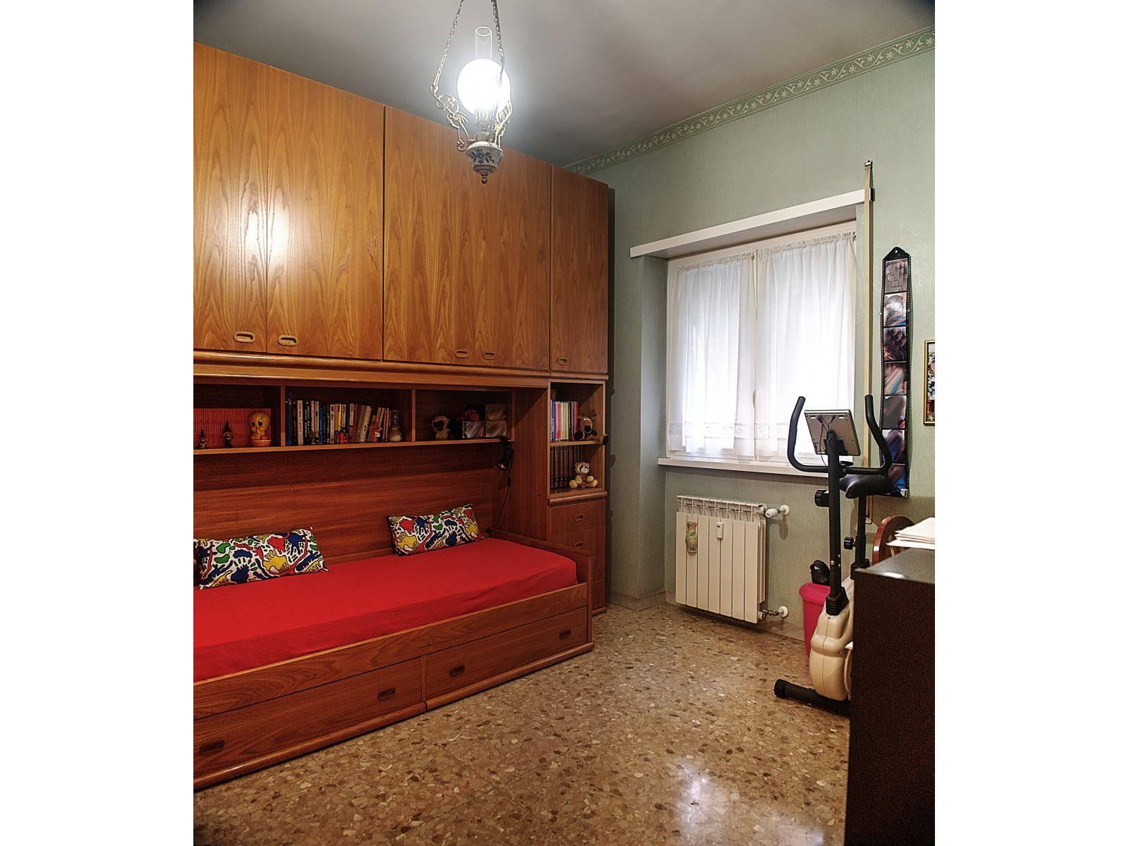1118418721 Trilocale in Via Salvatore Di Giacomo, Roma, Zona Montagnola