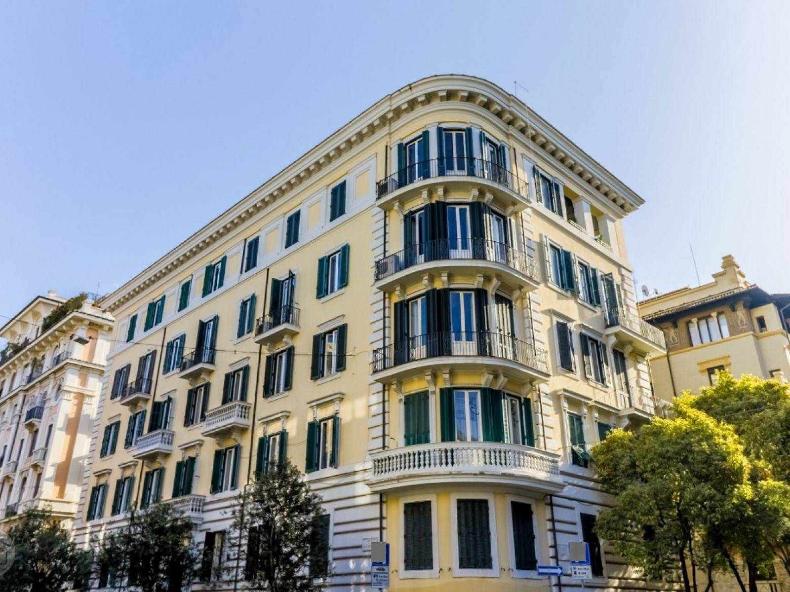 1118418730 Plurilocale (7) in Via Tagliamento, Roma, Zona Trieste