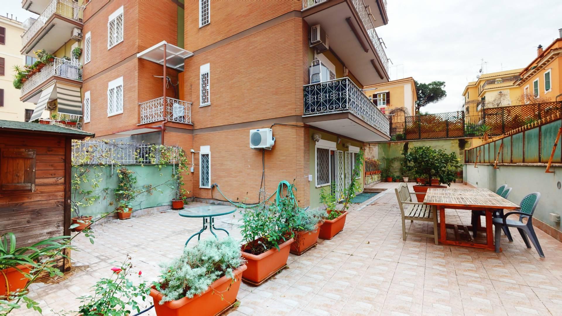 1118418688 Bilocale in Via Luigi Tosti, Roma, Zona Appio Latino, Caffarella