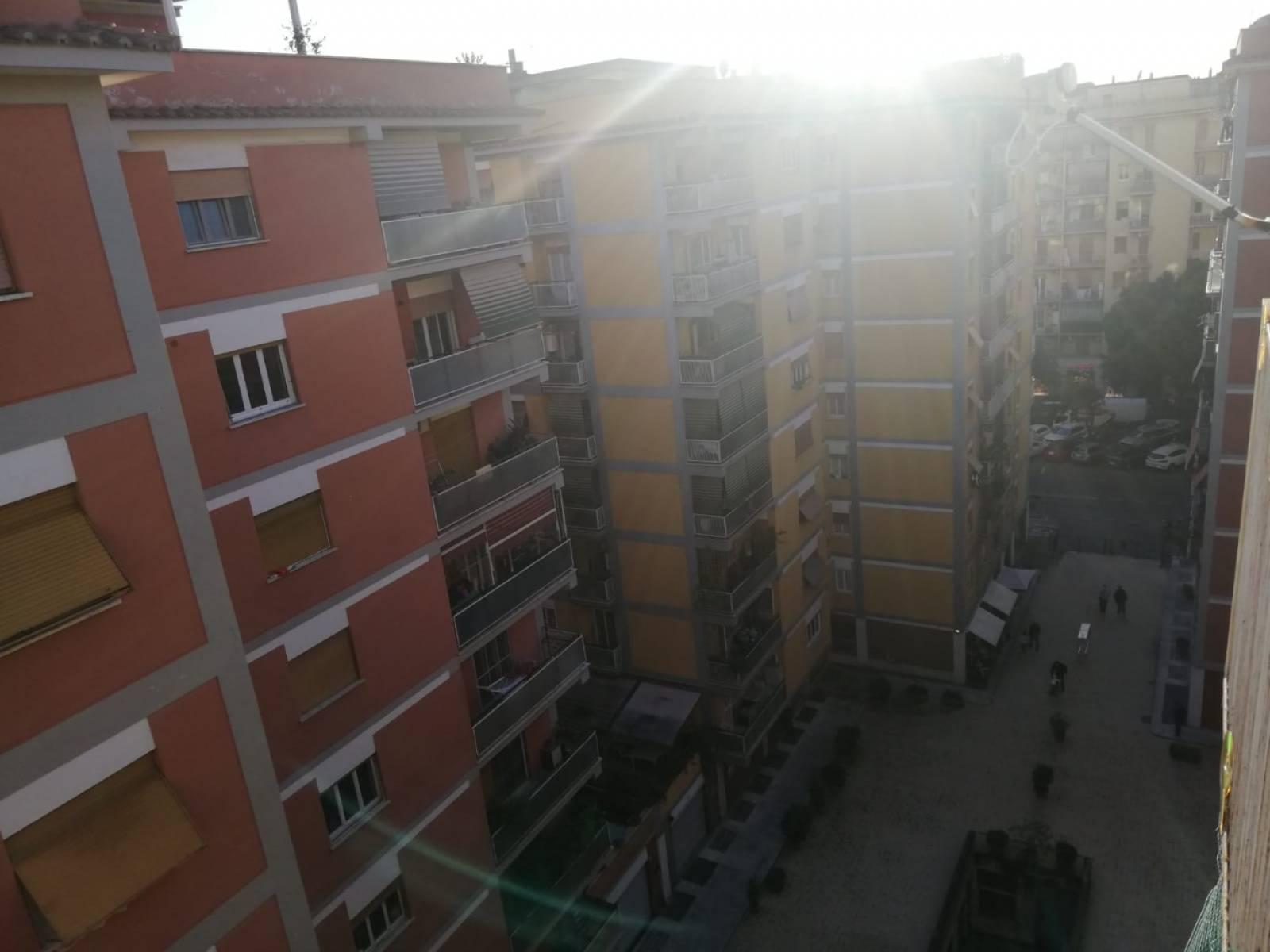1118418761 Trilocale in Via Luigi Magrini, Roma, Zona Marconi