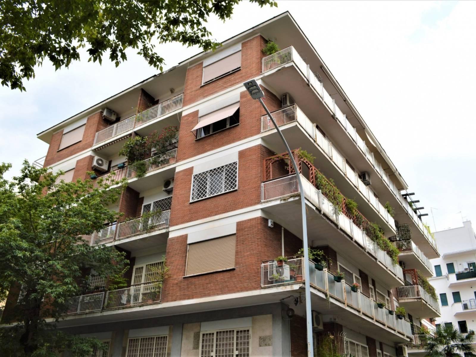 1118418773 Trilocale in Via Di Sant