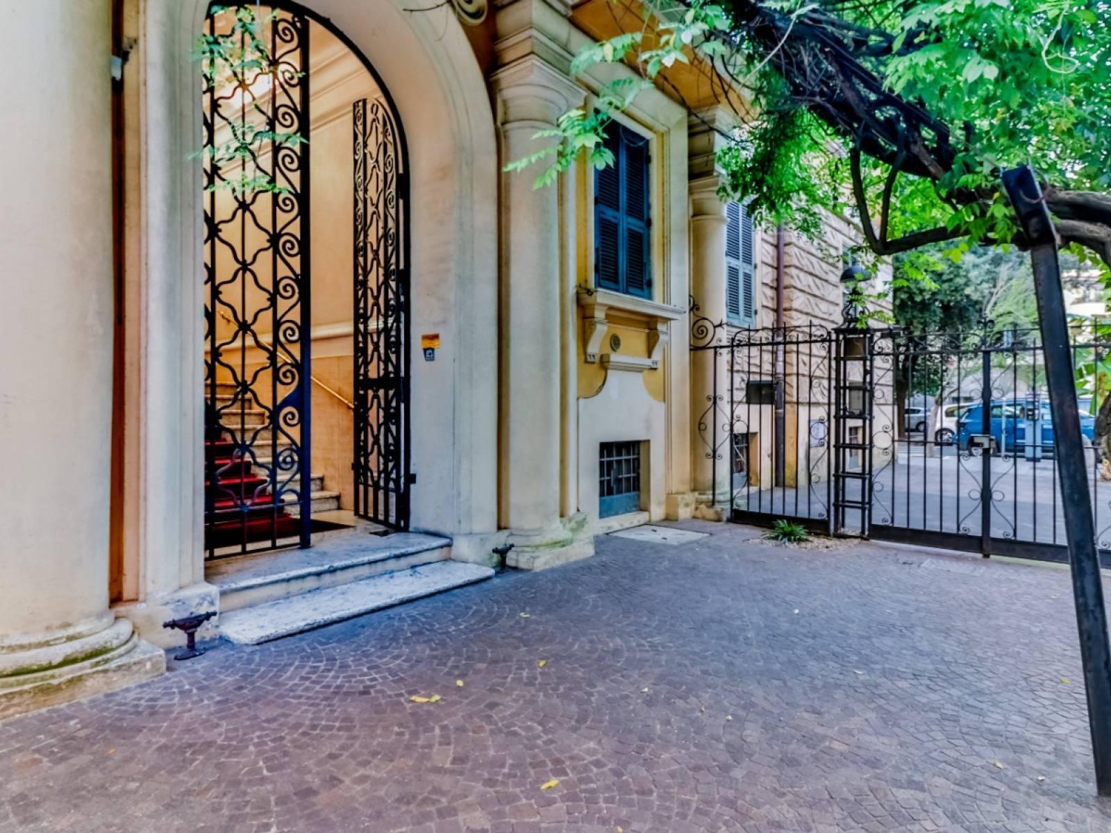 1118418782 Plurilocale (6) in Piazza Del Fante, Roma, Zona Prati