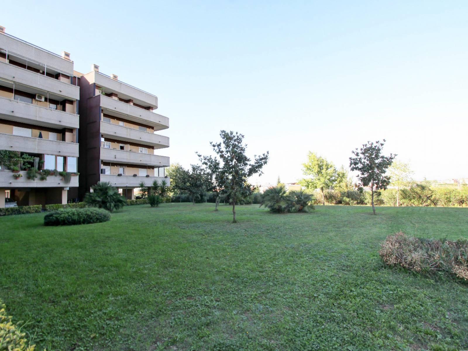 1118418786 Bilocale in Via Antonio Capetti, Roma, Zona Ponte di Nona