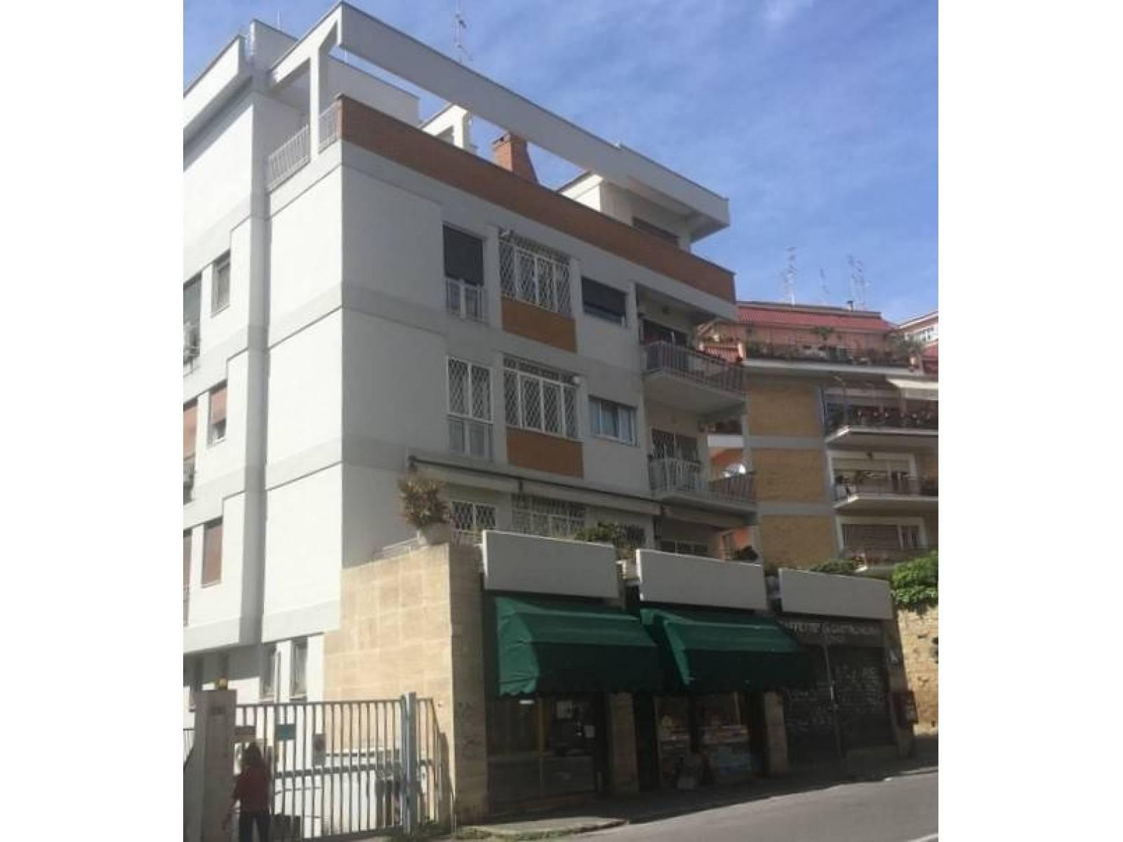 1118418790 Trilocale in Via Pio Viii, Roma, Zona San Pietro