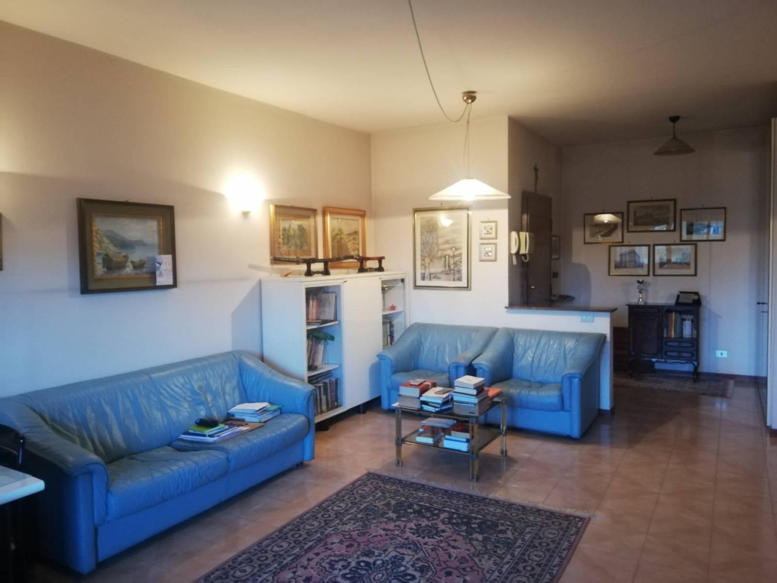 1118418816 Quadrilocale in Viale Camillo Sabatini, Roma, Zona Torrino