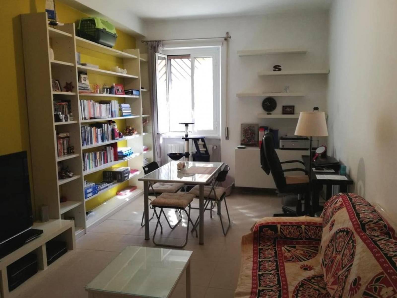 1118418838 Trilocale in Via Latina, Roma, Zona Appio Latino, Caffarella