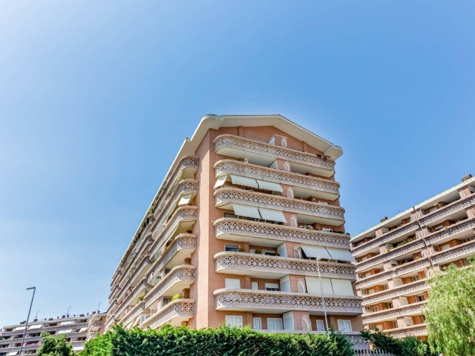 1118418985 Quadrilocale in Via Roberto Ago, Roma, Zona Aurelio