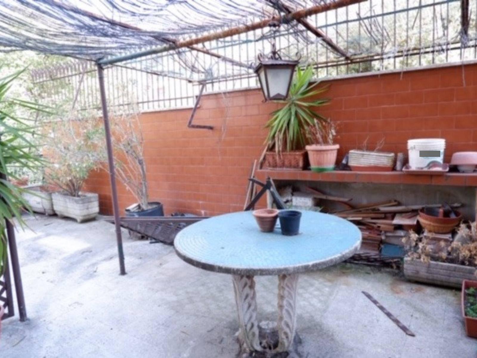 1118419024 Trilocale in Via Cimone, Roma, Zona Montesacro
