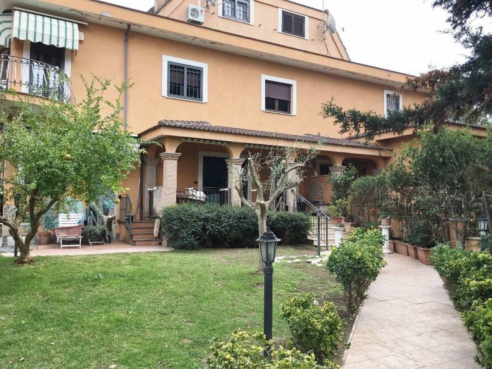 1118419227 Quadrilocale in Via Ermanno Wolf Ferrari, Roma, Zona Infernetto