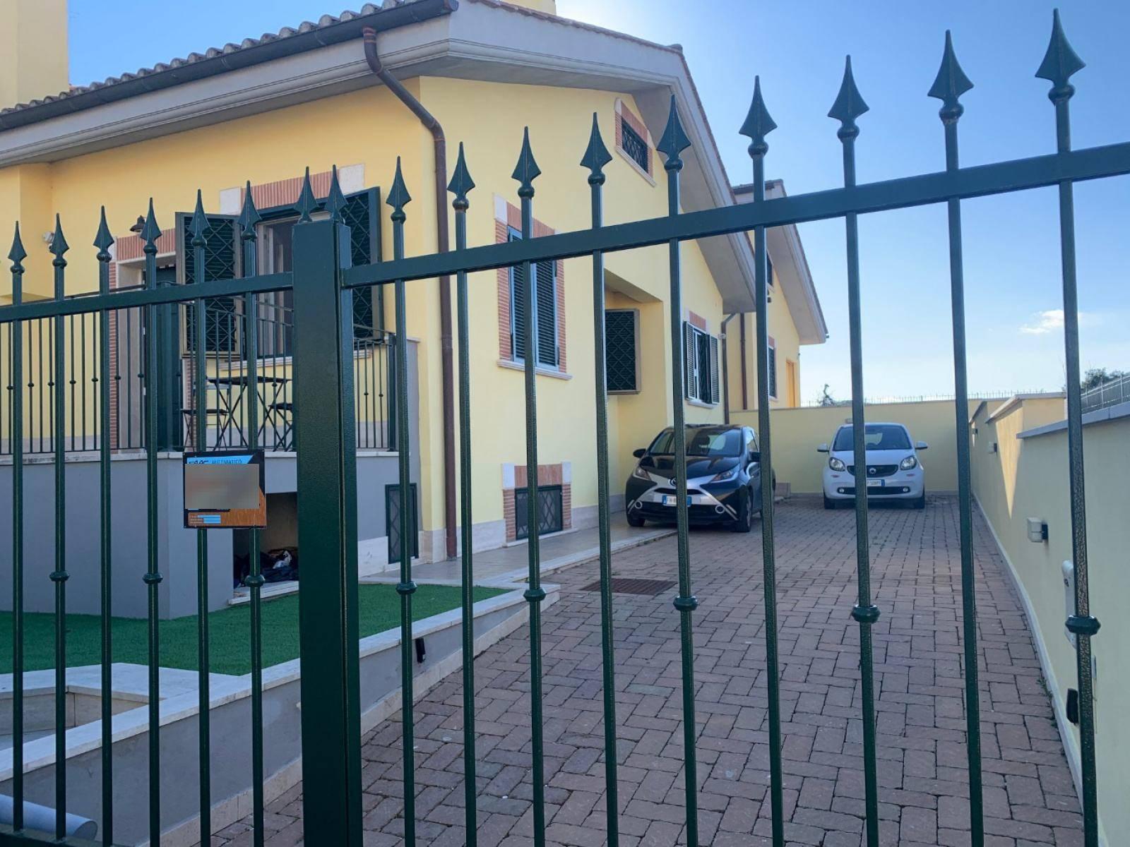 1118419233 Pentalocale in Via Caldopiano, Roma, Zona Morena