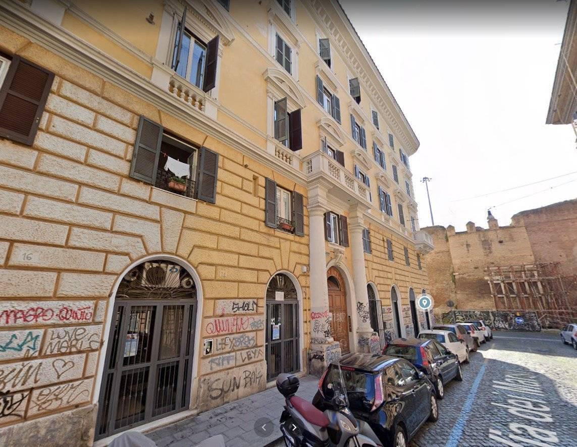 1118419316 Trilocale in Via Dei Marsi, Roma, Zona San Lorenzo