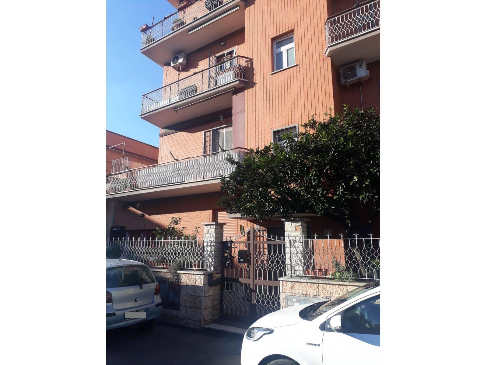 1118419392 Bilocale in Via Attilio Torresini, Roma, Zona Giardinetti