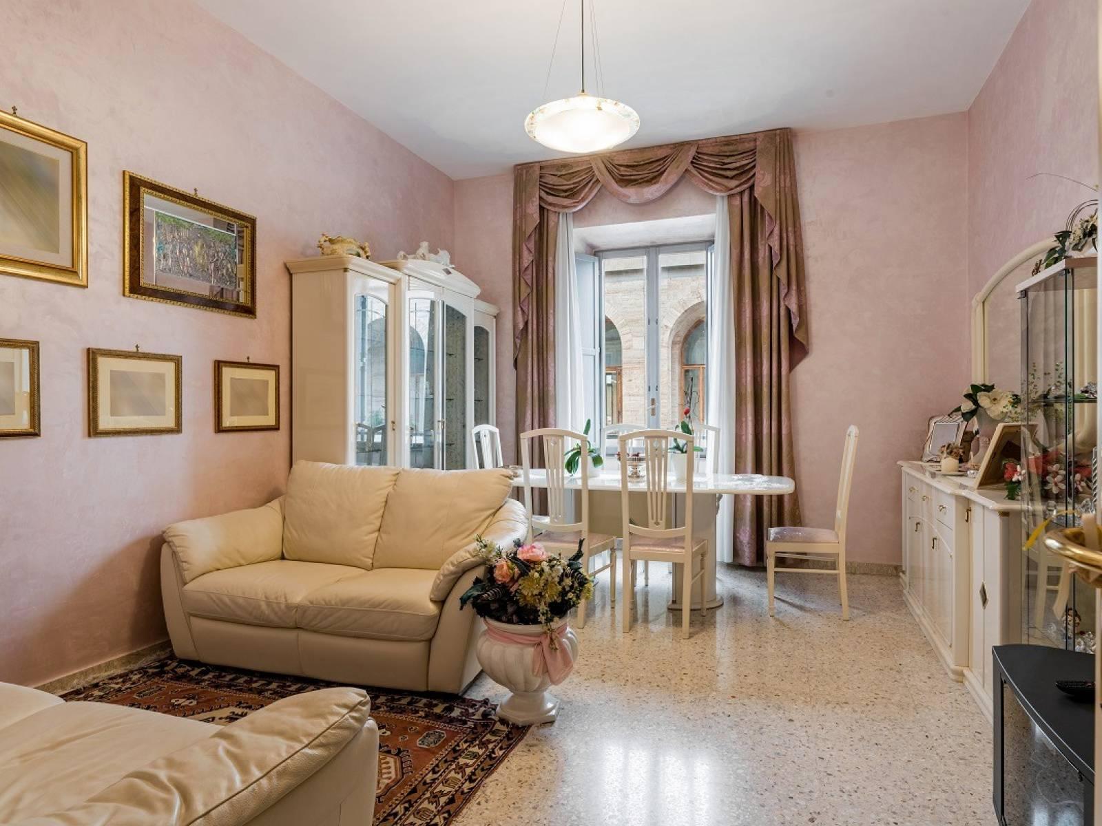 1118419483 Quadrilocale in Via Giovanni Giolitti, Roma, Zona Esquilino