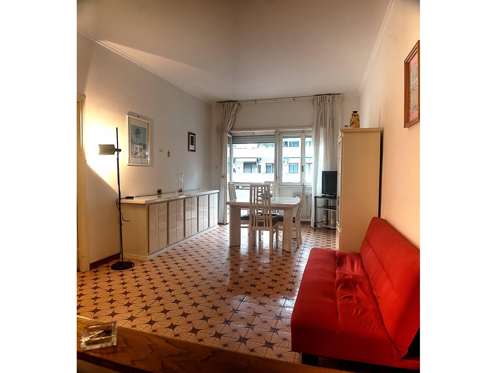 1118419629 Trilocale in Via Caprese, Roma, Zona Magliana
