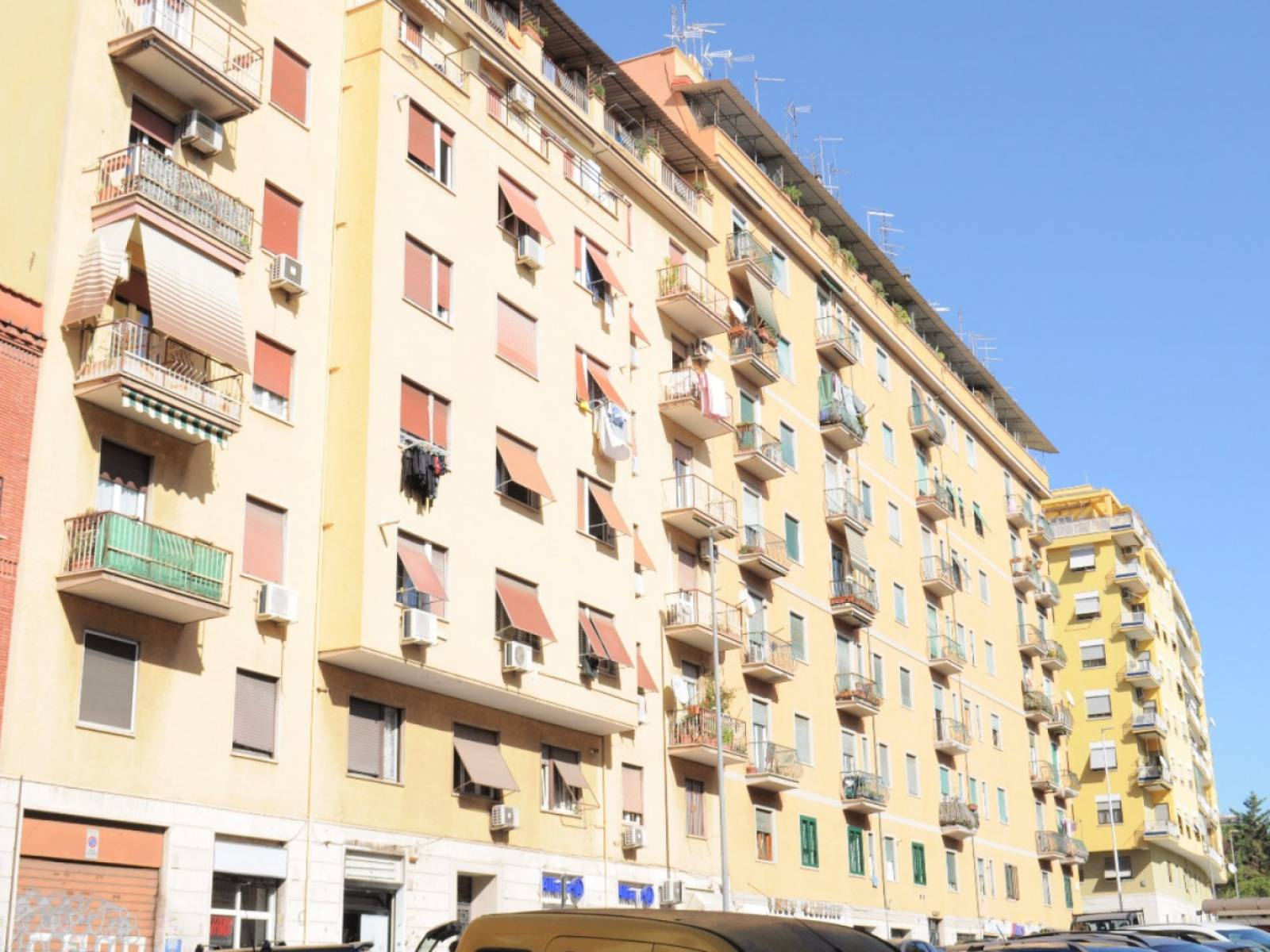 1118419735 Trilocale in Via Aversa, Roma, Zona Largo Preneste
