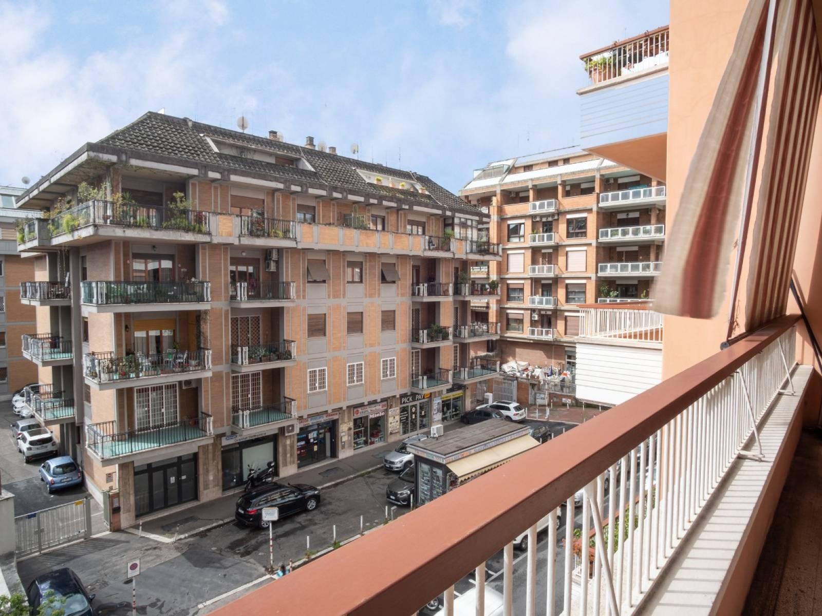 1118419831 Quadrilocale in Via Della Madonna Del Riposo, Roma, Zona Baldo Degli Ubaldi