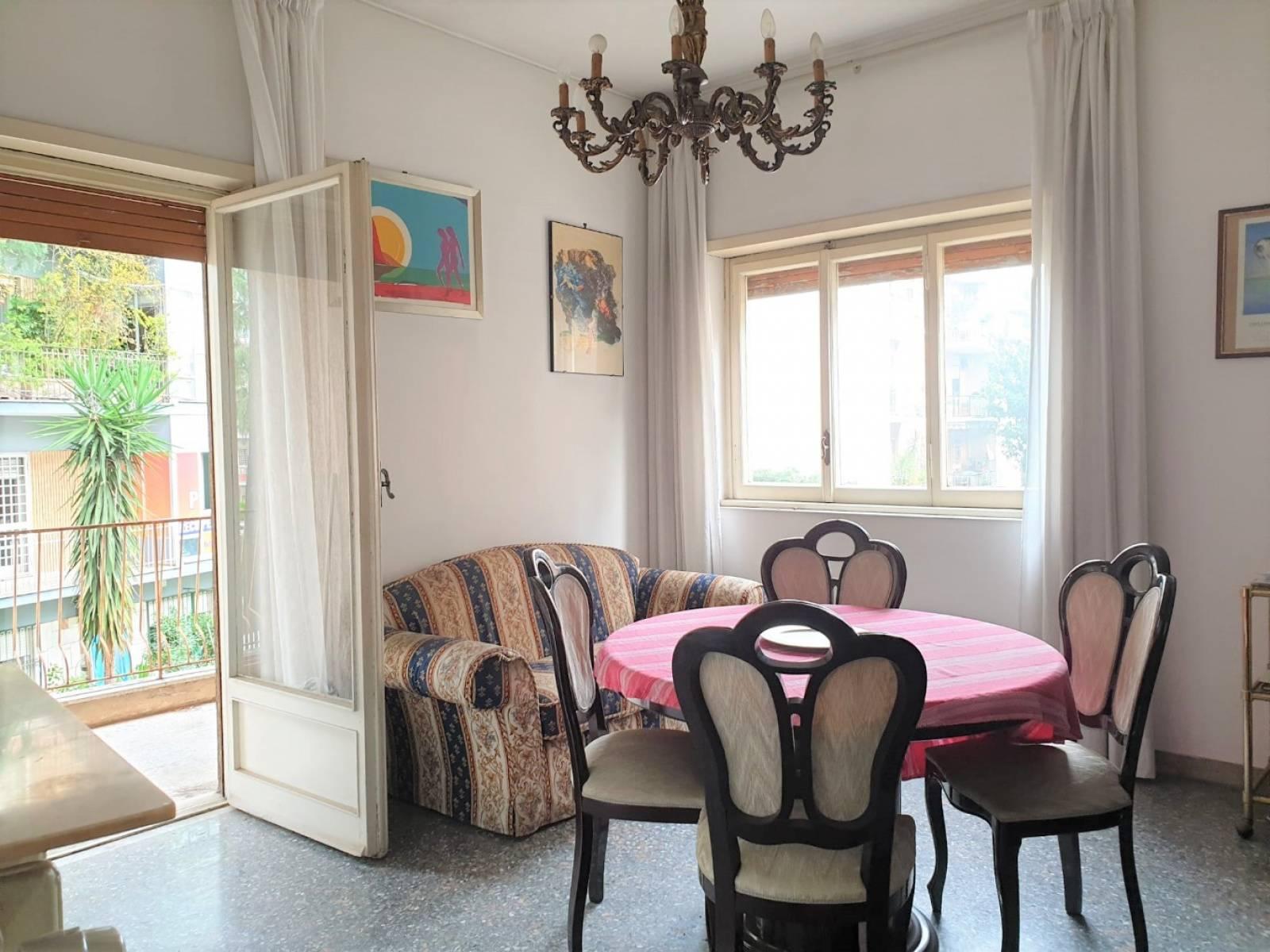 1118419862 Trilocale in Via Cristoforo Landino, Roma, Zona Talenti