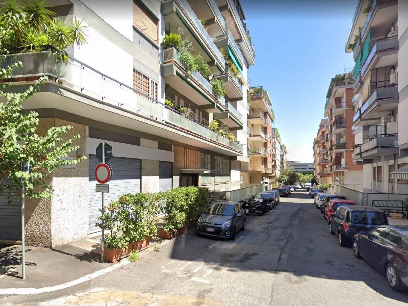 1118419937 Monolocale in Via Ettore Pais, Roma, Zona Bologna