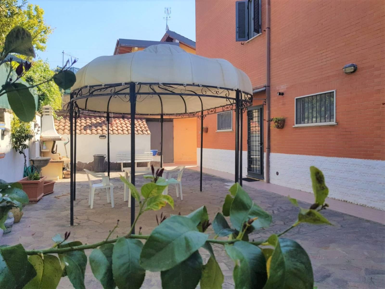 1118419970 Plurilocale (11) in Via Vignale, Roma, Zona Boccea