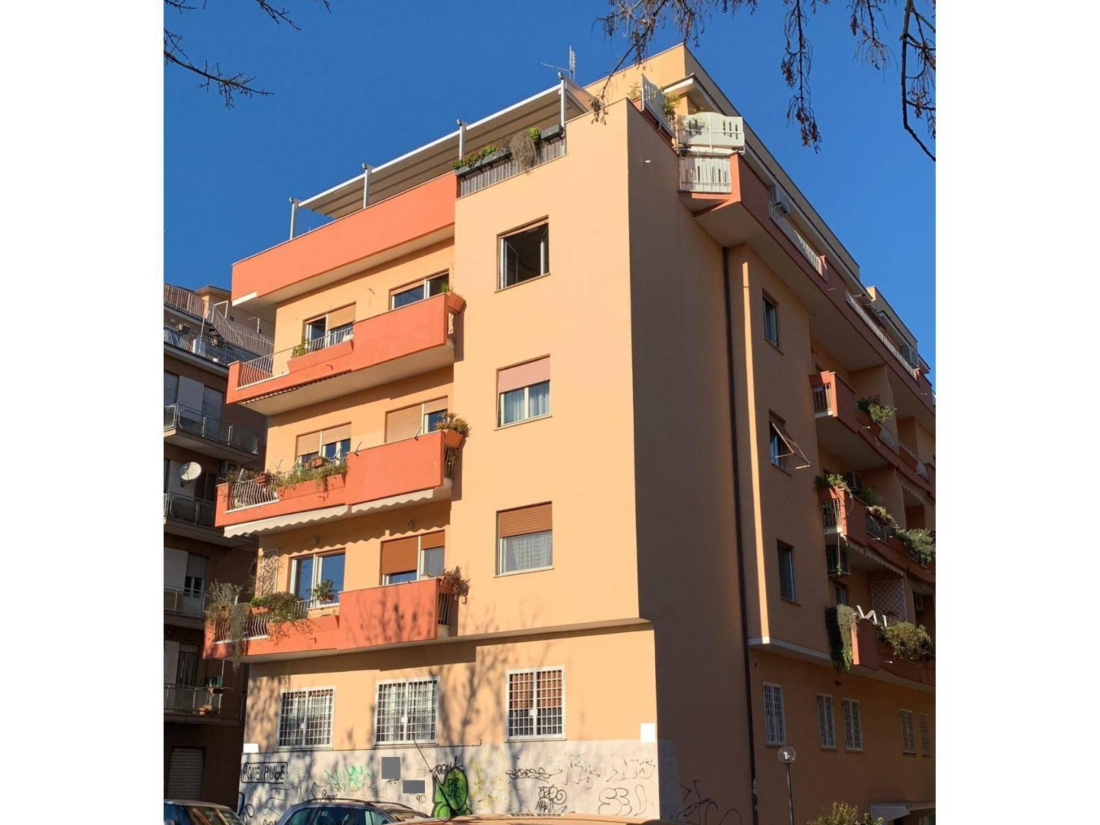 1118419972 Pentalocale in Via Conca D