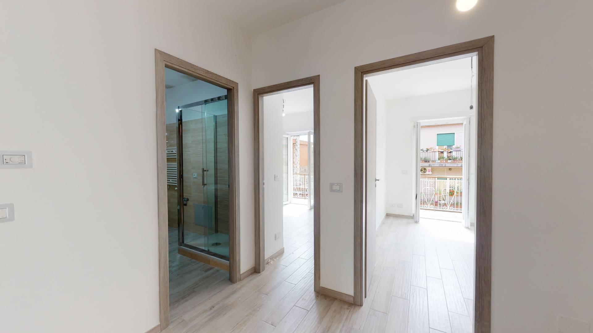 1118419797 Trilocale in Via Domenico Beccafumi, Roma, Zona Torre Angela