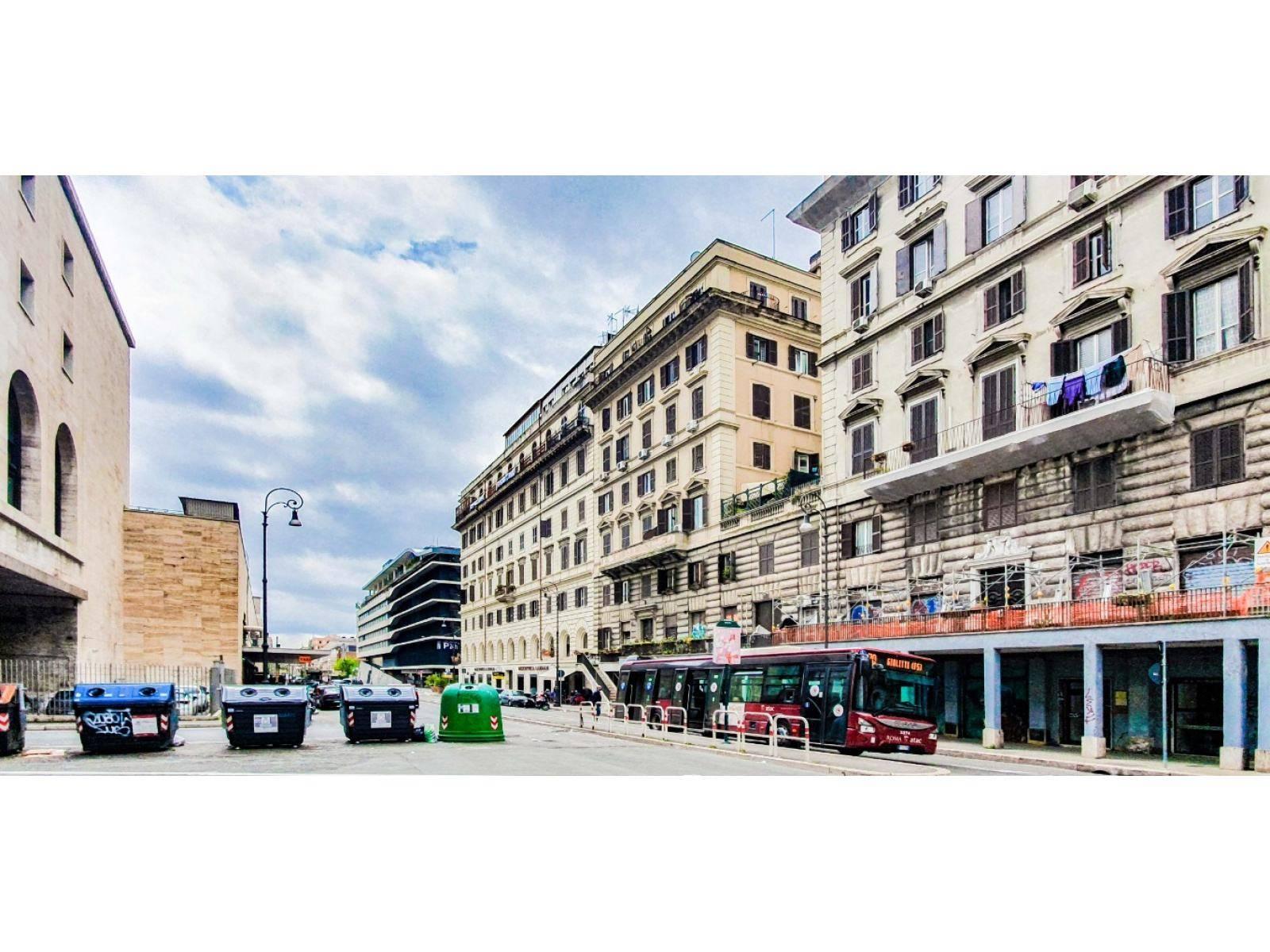 1118420010 Trilocale in Via Giovanni Giolitti, Roma, Zona Esquilino