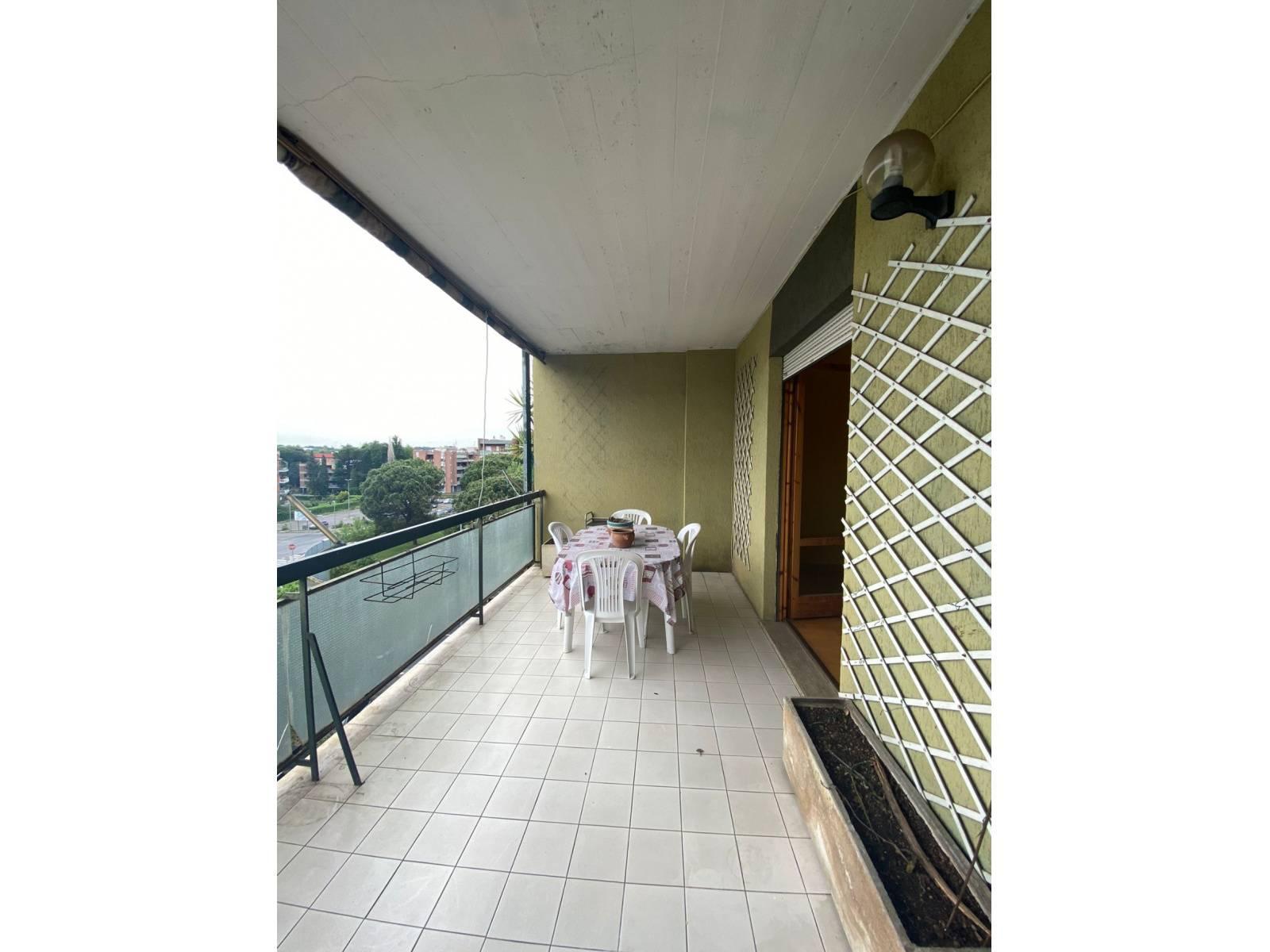 1118420038 Trilocale in Via Casal Tidei, Roma, Zona San Basilio