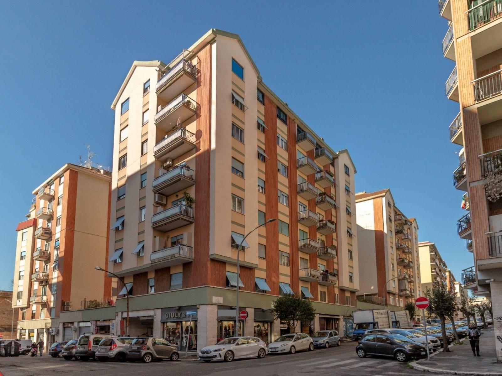 1118420068 Bilocale in Via Ettore Ciccotti, Roma, Zona San Giovanni