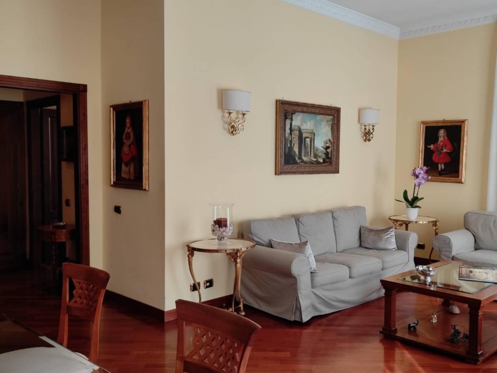1118420069 Trilocale in Via Castelfranco Veneto, Roma, Zona Fleming