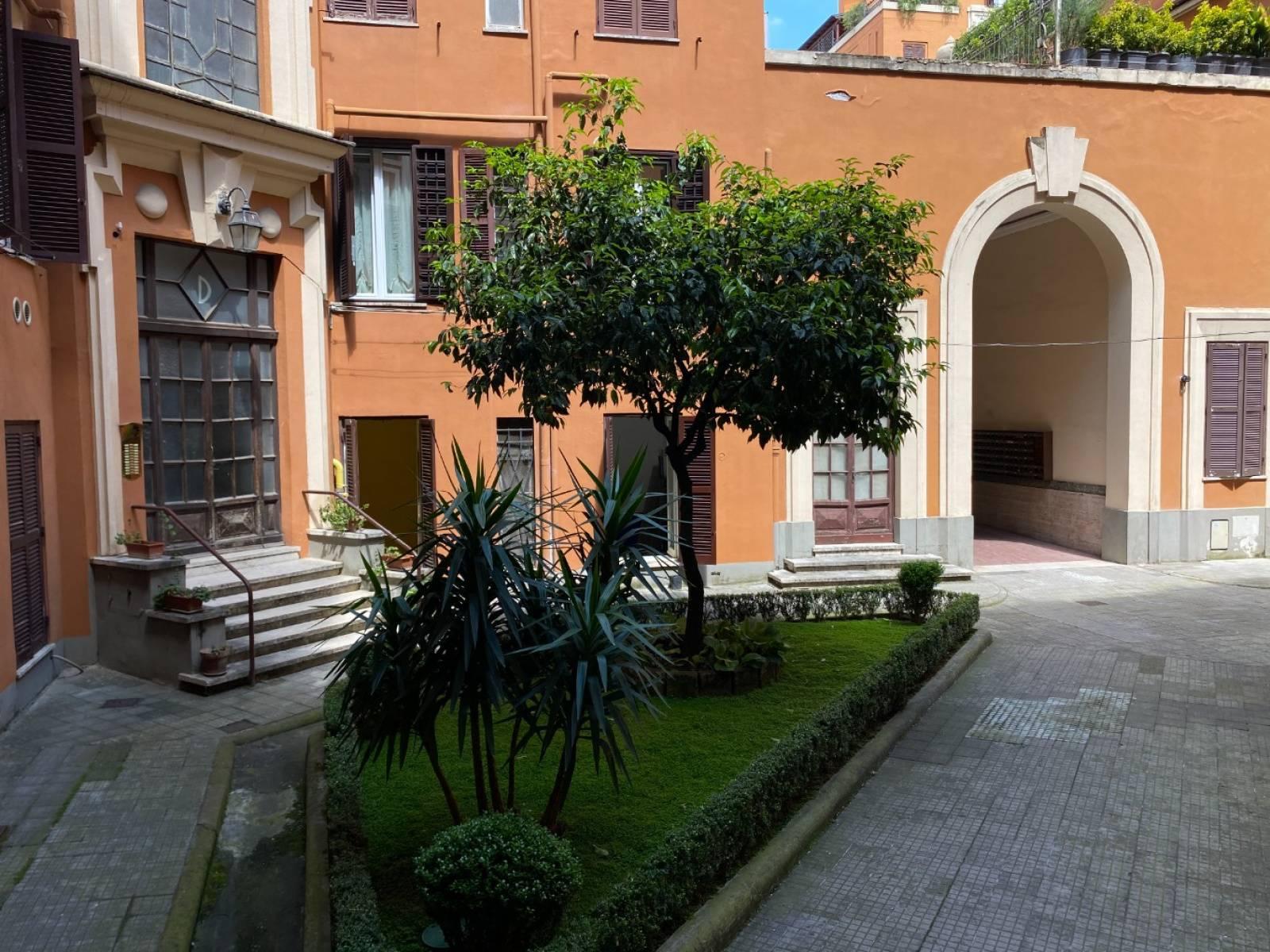 1118420136 Trilocale in Via Enna, Roma, Zona San Giovanni