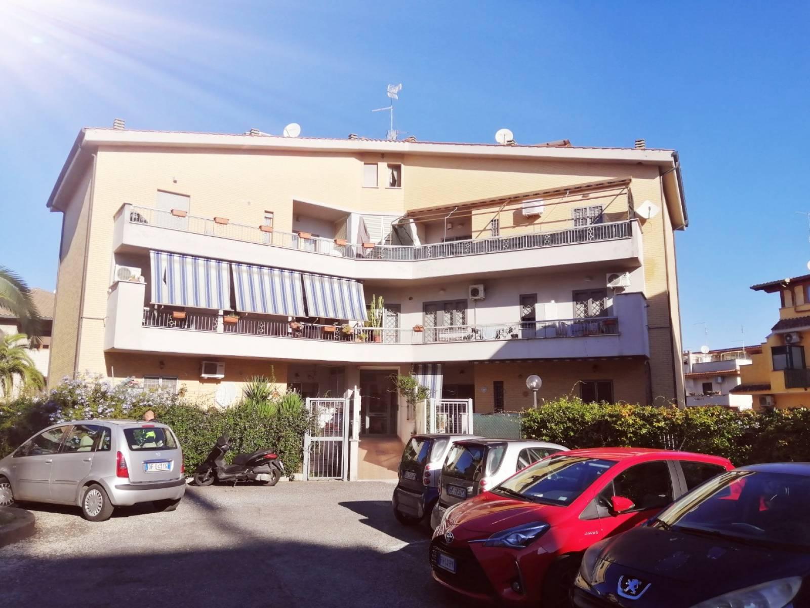 1118420202 Bilocale in Via Ciro Ferri, Roma, Zona Torre Angela