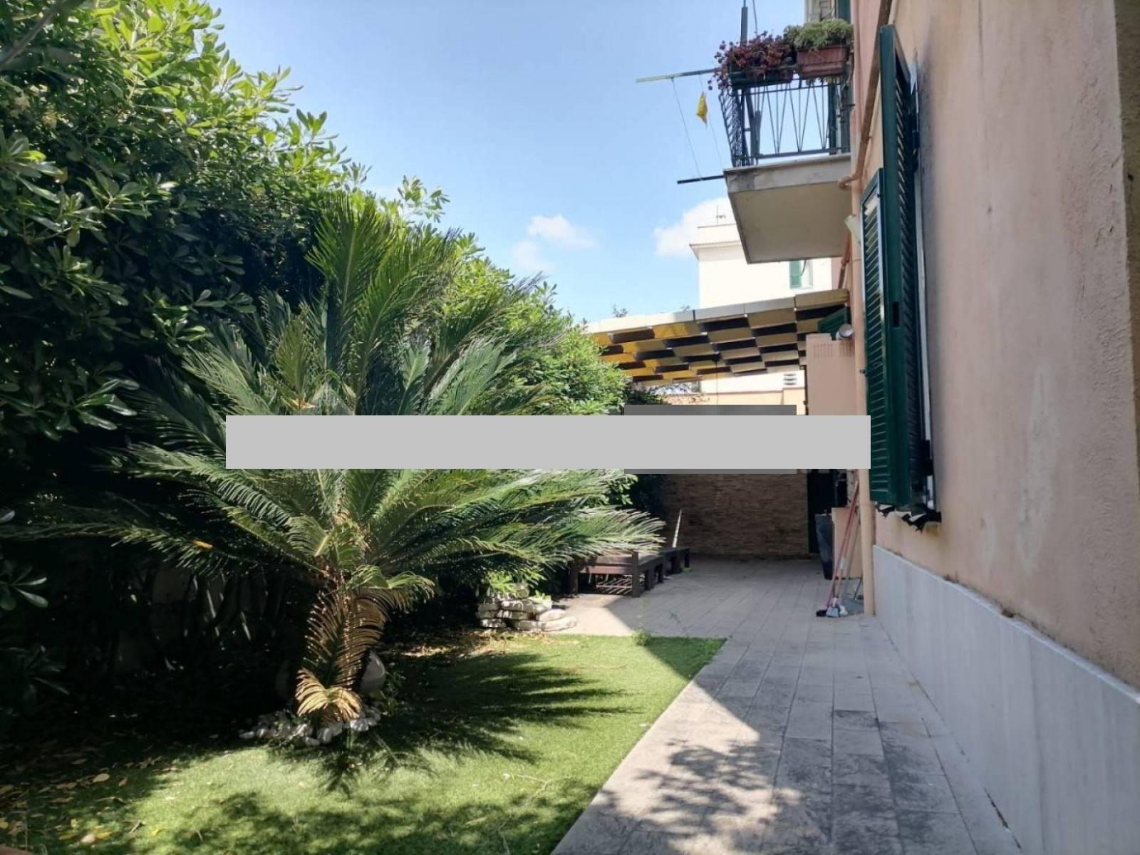 1118420338 Trilocale in Via Del Prato, Roma, Zona Alessandrino