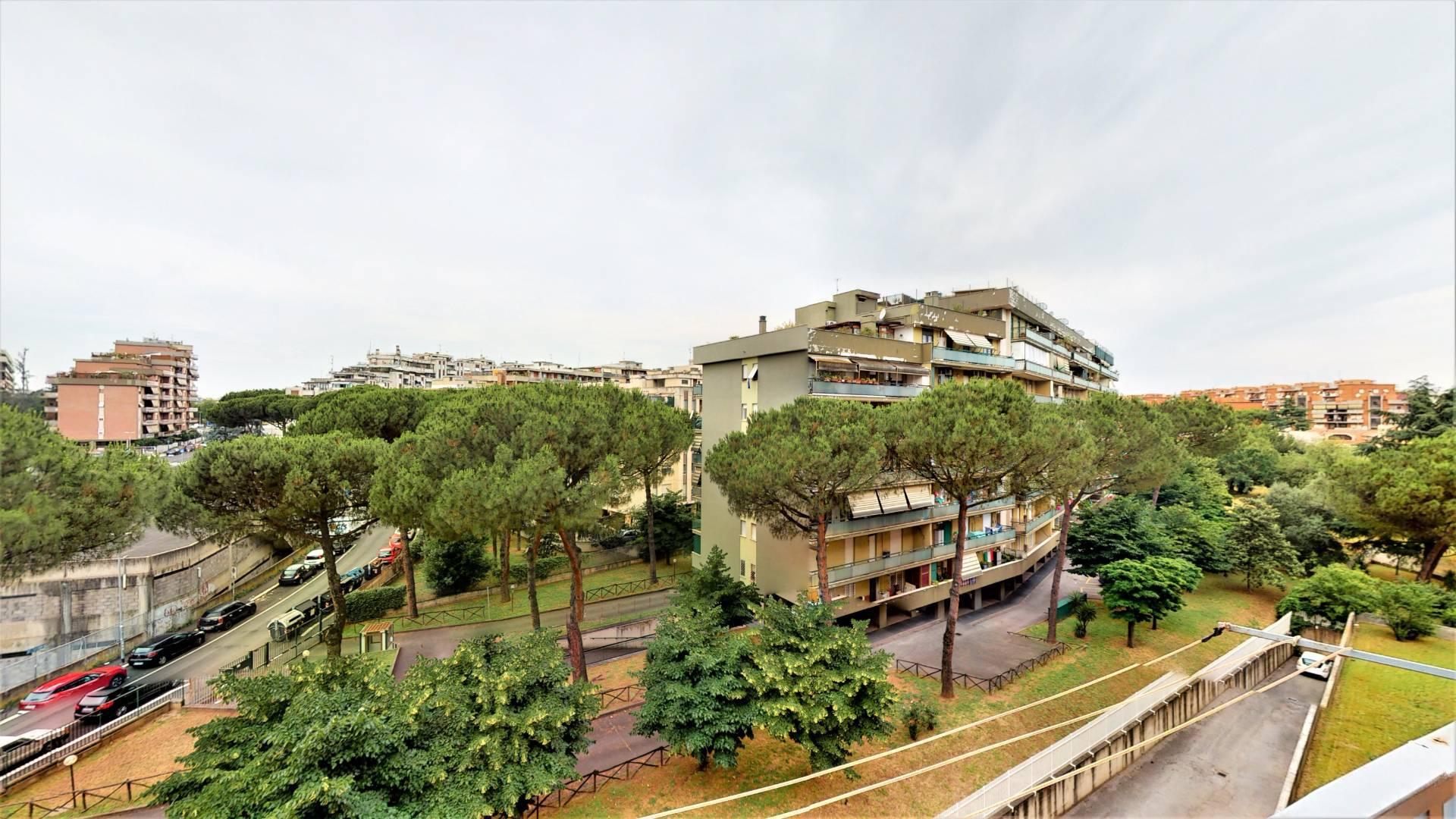 1118420454 Quadrilocale in Via Angelo Viscogliosi, Roma, Zona Tor Tre Teste