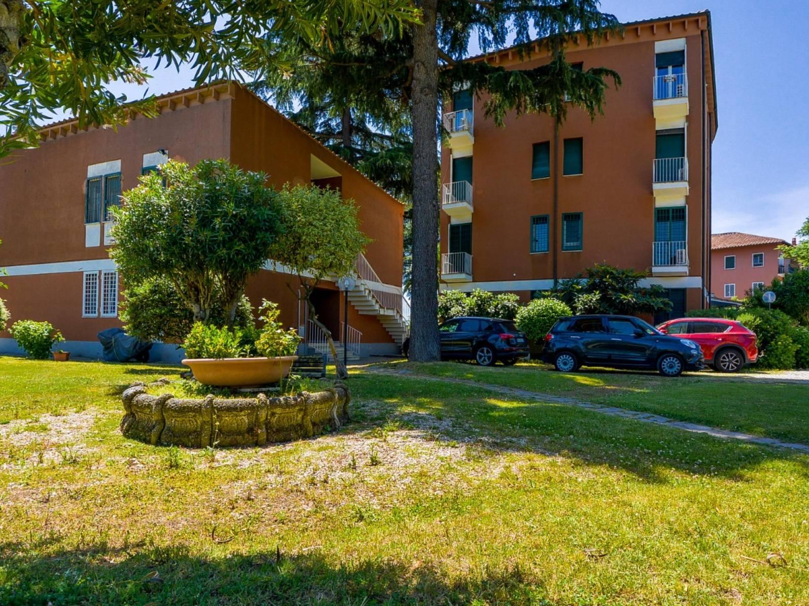 1118420488 Pentalocale in Via Cilicia, Roma, Zona Appia Antica