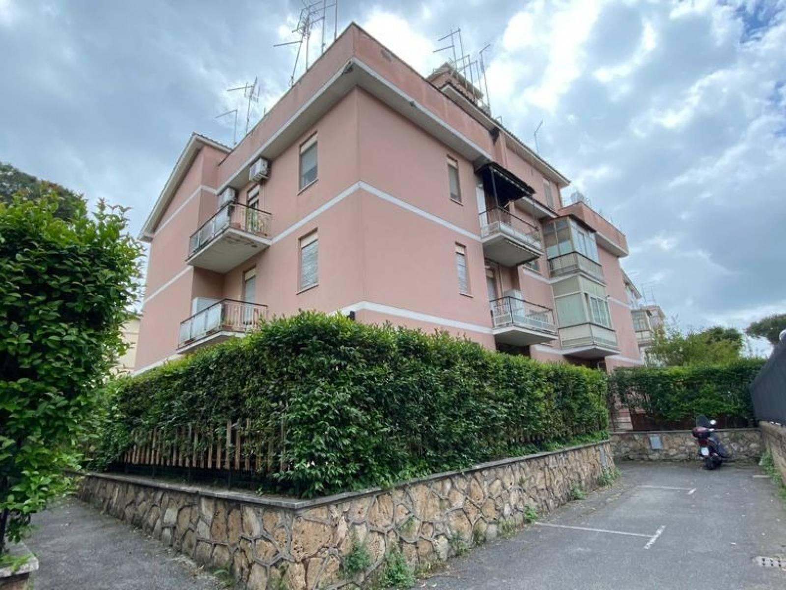 1118420628 Bilocale in Via Del Calice, Roma, Zona Capannelle