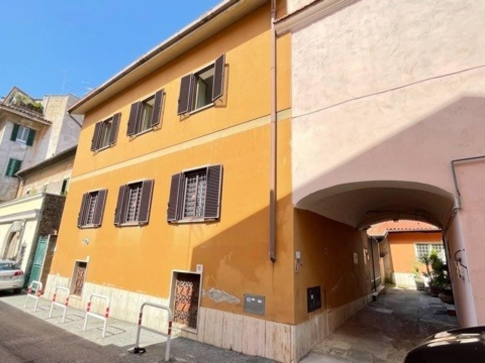 1118420678 Pentalocale in Via Labico, Roma, Zona Acqua Bullicante