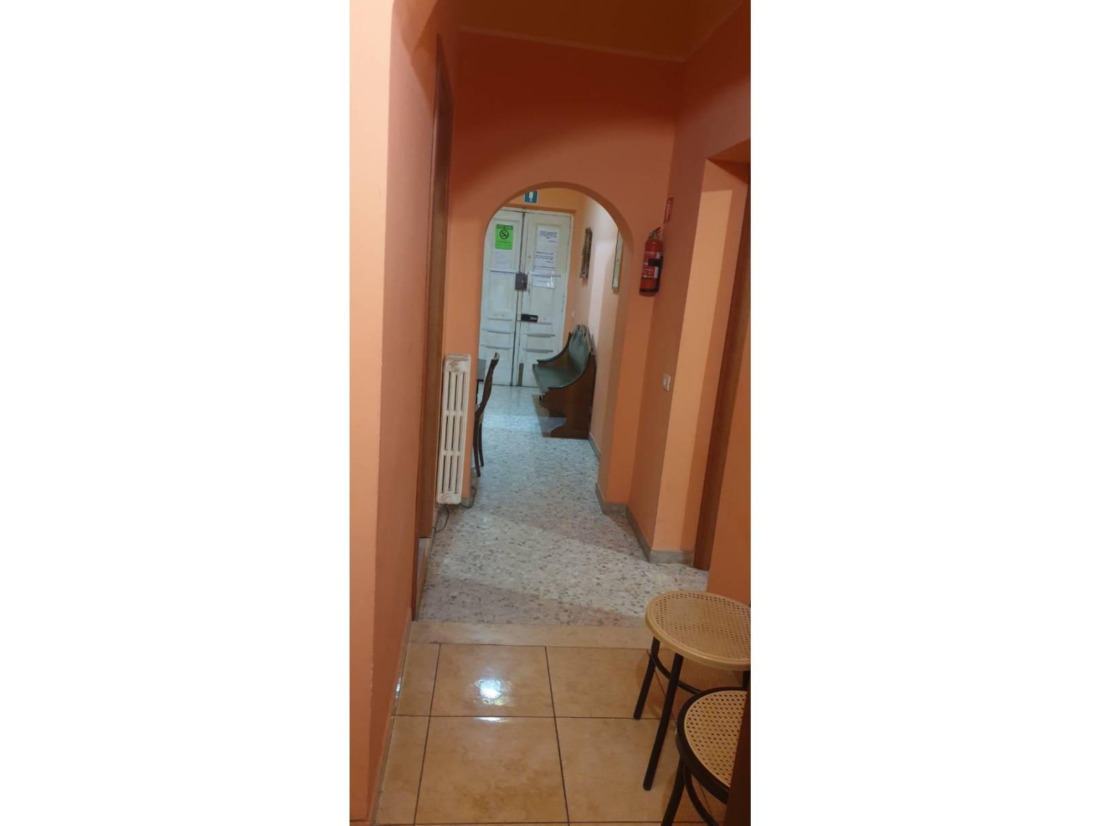 1118420754 Pentalocale in Via Filippo Turati, Roma, Zona Esquilino