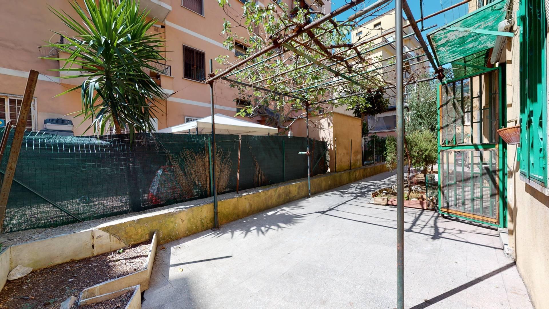 1118420778 Monolocale in Via Dei Pampini, Roma, Zona Centocelle