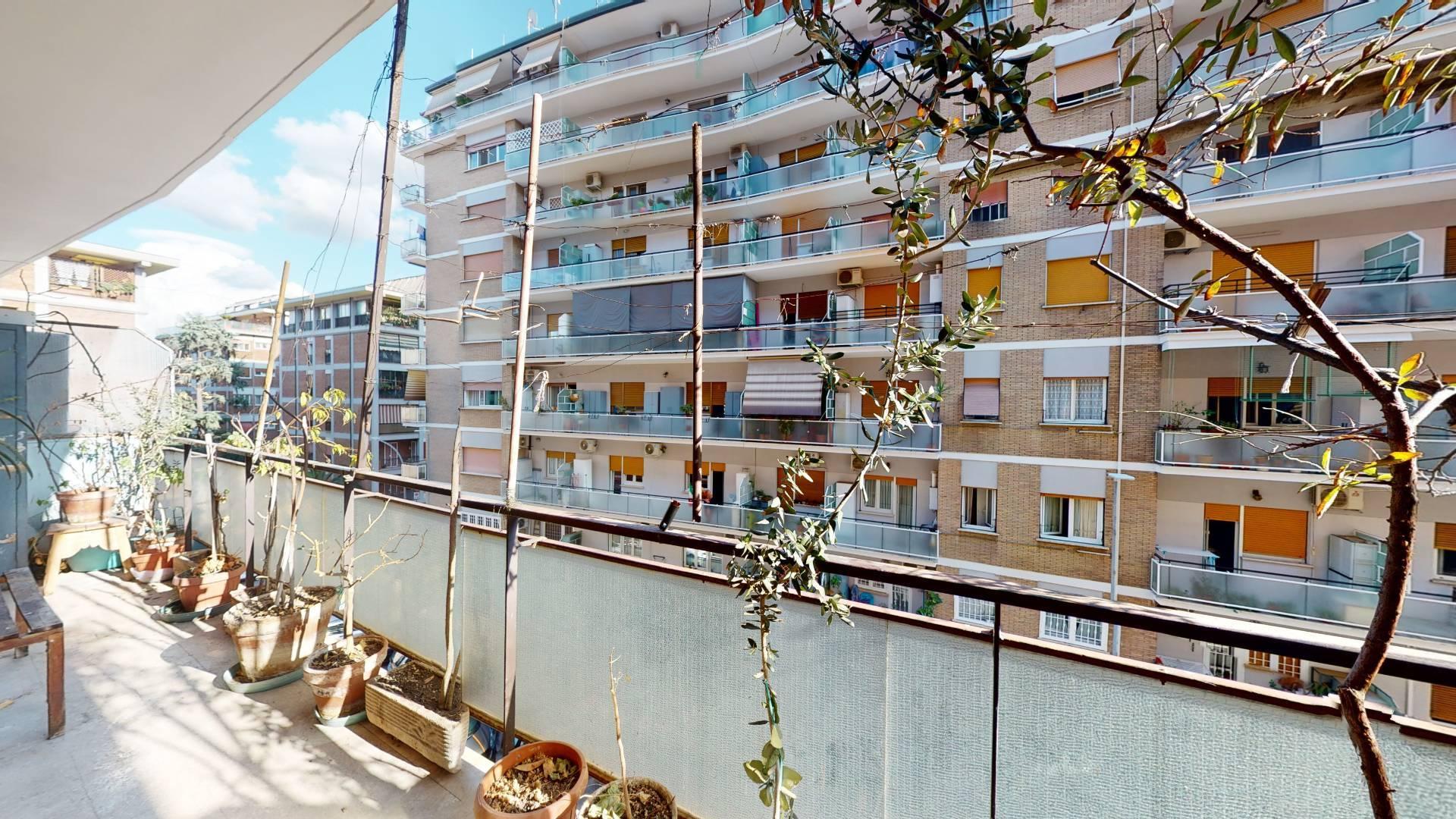 1118420870 Quadrilocale in Via Altavilla Irpina, Roma, Zona Villa Gordiani