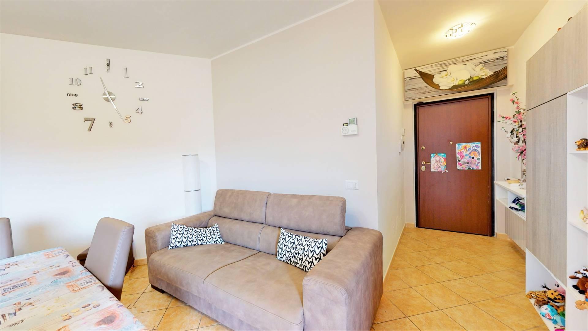 1118420975 Trilocale in Via Degli Abeti, Colonna, Zona