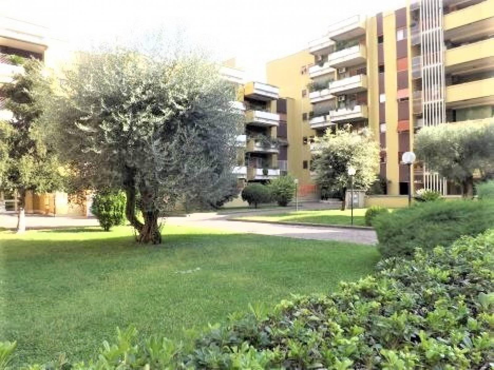 1118421067 Quadrilocale in Via Federico Seismit Doda, Roma, Zona Fonte Meravigliosa