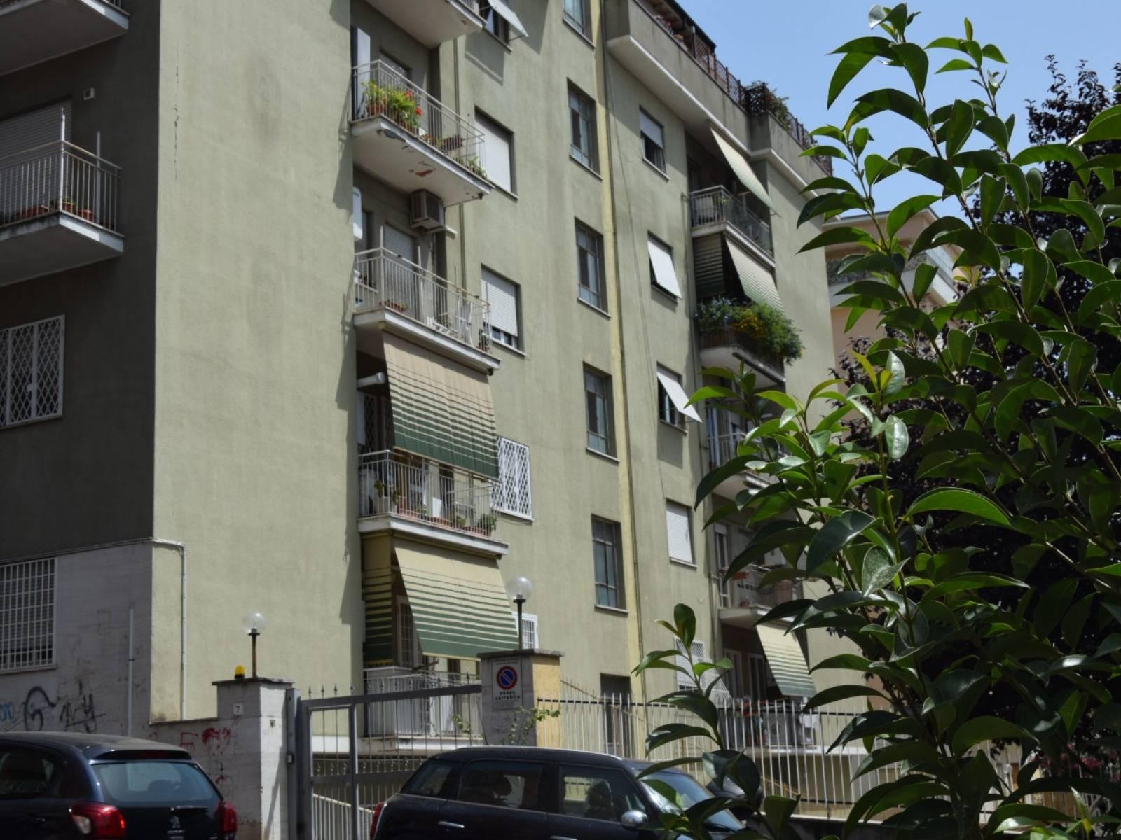 1118421143 Trilocale in Via Giovanni Torrecremata, Roma, Zona Monteverde