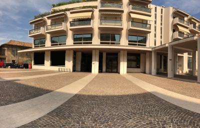 Vai alla scheda: Negozio Affitto Pesaro