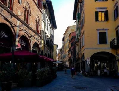Vai alla scheda: Attività Commerciale Affitto Pisa