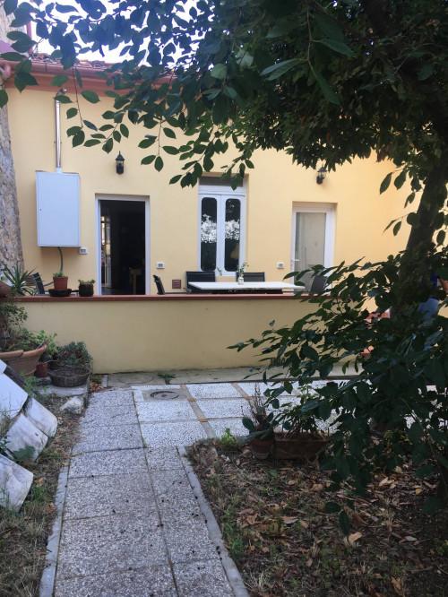 Vai alla scheda: Casa indipendente Affitto Livorno