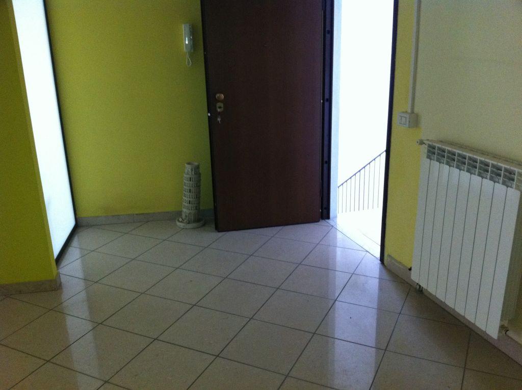 Appartamento in affitto a San Giuliano Terme, 5 locali, zona Località: SanMartinoaUlmiano, prezzo € 800   CambioCasa.it