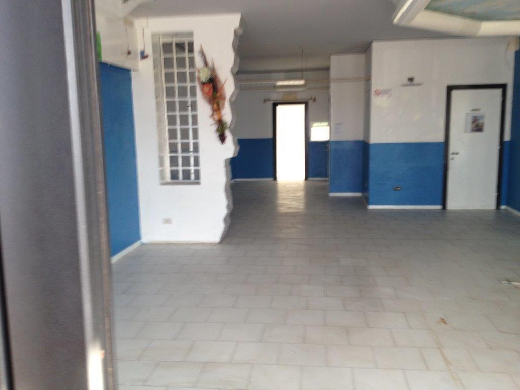 Attività commerciale in affitto a Crespina Lorenzana (PI)
