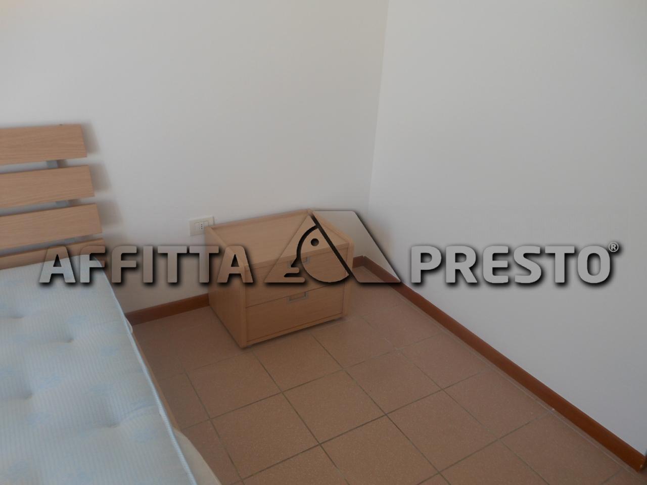 Bilocale Pesaro Via Magenta 5