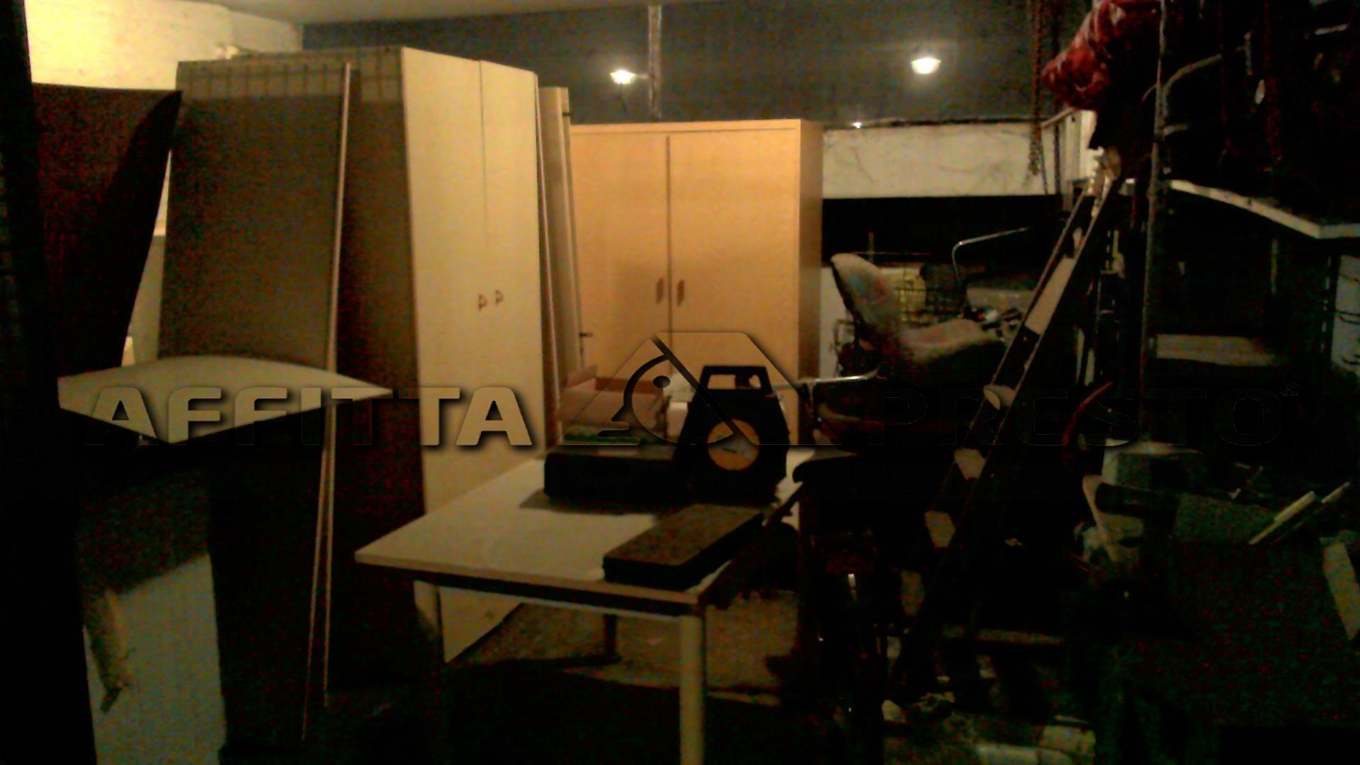 Garage/Box/Posto Auto in affitto a Pisanova, Pisa