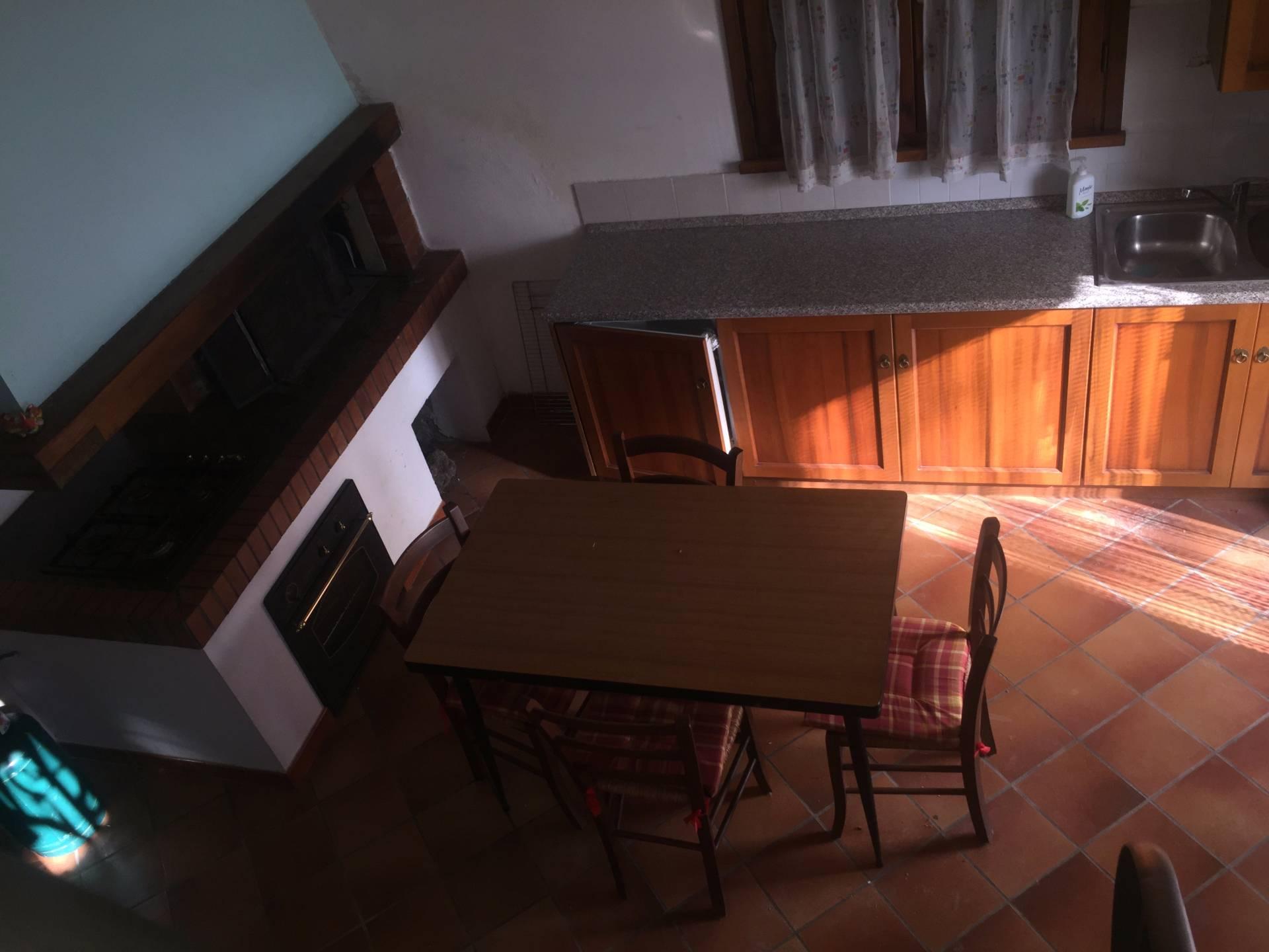 Appartamento in affitto a Gambassi Terme, 4 locali, prezzo € 400 | Cambio Casa.it
